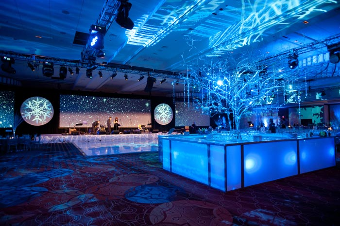 Corporate christmas party decorations - photo#22